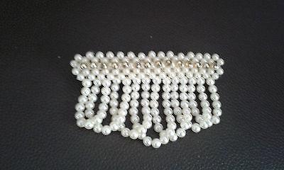 Haarspange / Haar Schmuck mit Mode Perlen hängend Creme/Gold   NEU