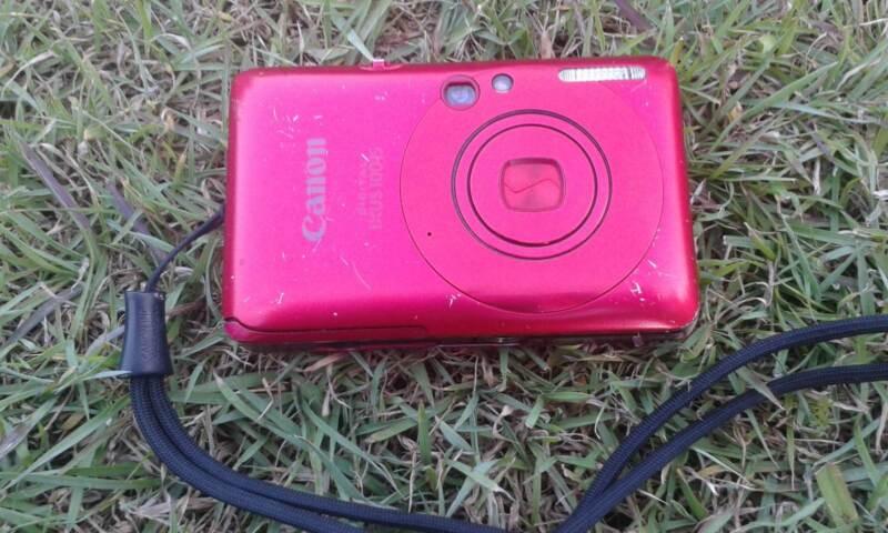 Canon Digital Camera $8 | Digital Compact Cameras
