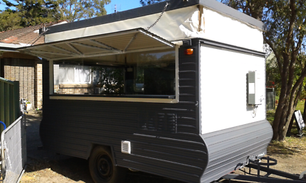 Food trailer ready to go
