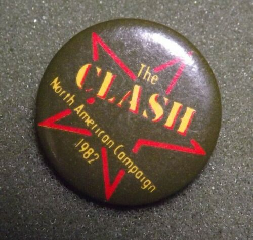 THE CLASH Vintage 1982 North American Campaign Tour Badge Lapel Pin Button