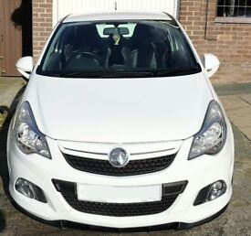 corsa vxr nurburgring edition in white