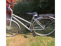 "Salcano Liberty Ladies Hybrid Bike 18"" frame with brand new saddle and new pannier rack"