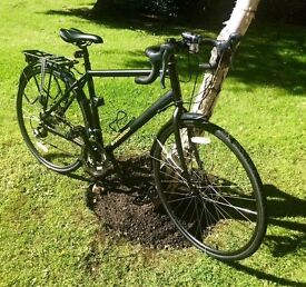 Revolution Touring Bike, Country 2 - Excellent Condition