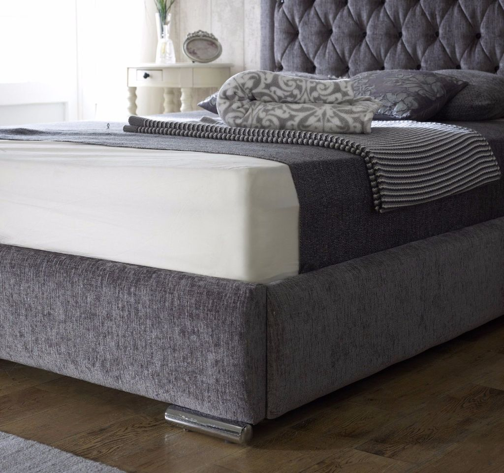 *FREE UK DELIVERY*- Chelsea Velvet Fabric Luxury Ottoman Storage Bed Frame  - EXCLUSIVE   in Clapham, London   Gumtree - FREE UK DELIVERY*- Chelsea Velvet Fabric Luxury Ottoman Storage