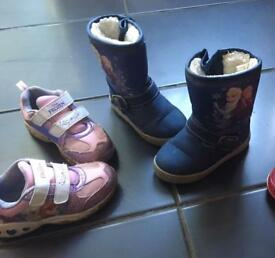 "Girls ""Frozen"" lined boots and trainers size 7"