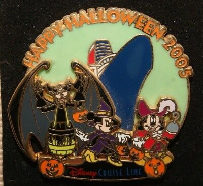 DISNEY CRUISE DCL HAPPY HALLOWEEN 2005 MICKEY, MINNIE & GOOFY LE 1000 DISNEY PIN - Disney Halloween Cruise