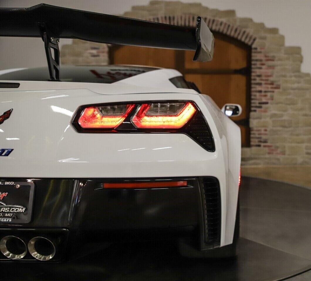 2019 White Chevrolet Corvette ZR1 3ZR | C7 Corvette Photo 10