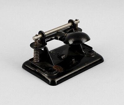Locher Soennecken um 1930 schwarz lackiert Lochabstand 8 cm 25470028