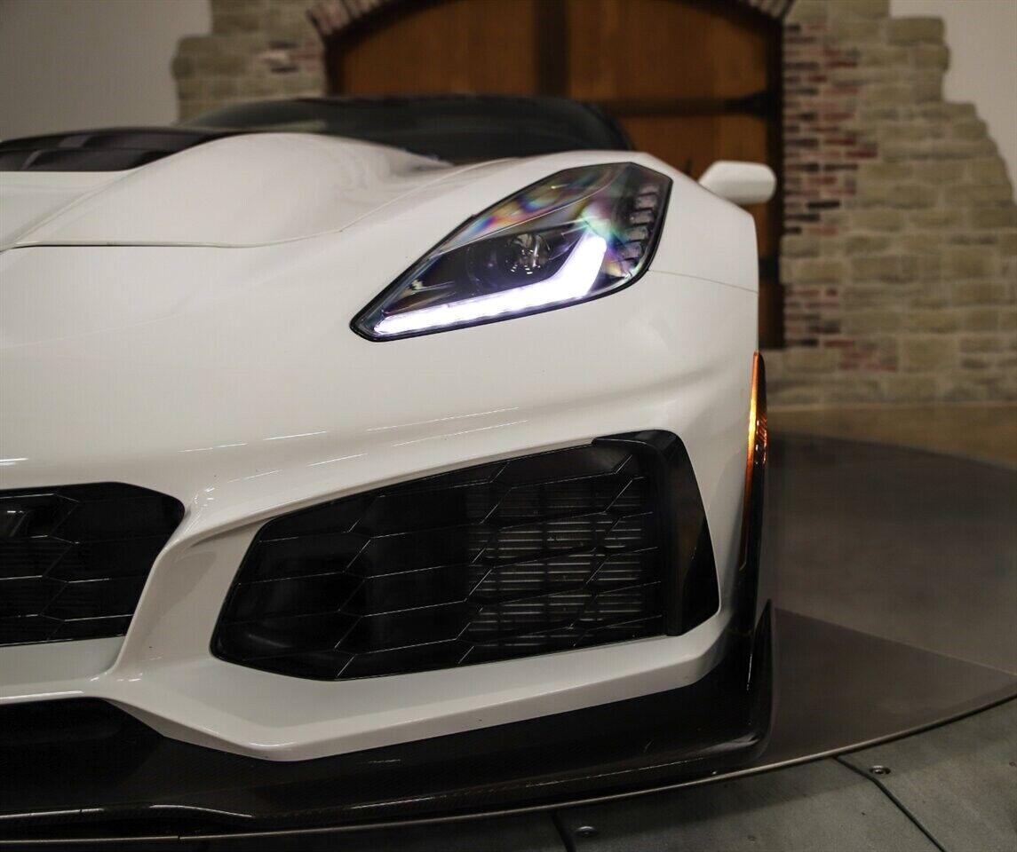 2019 White Chevrolet Corvette ZR1 3ZR | C7 Corvette Photo 5