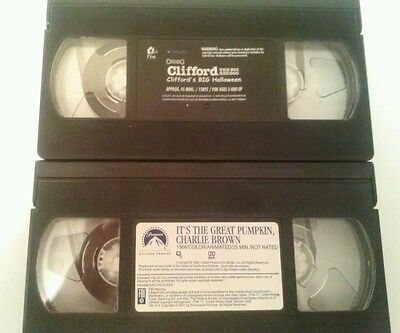 LOT OF 2  VHS ITS THE GREAT PUMPKIN CHARLIE BROWN/ CLIFFORD S BIG HALLOWEEN