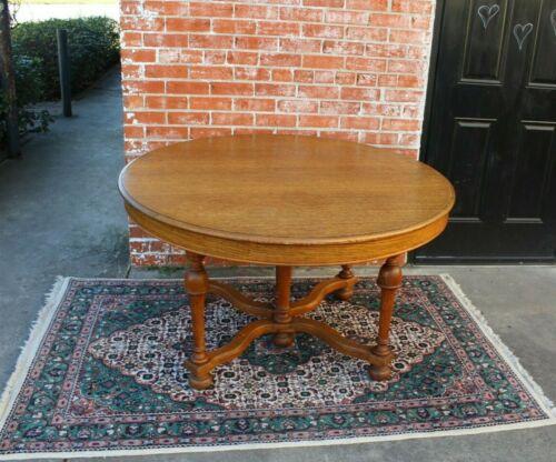 English Antique Oak William & Marry Style Round Kitchen Table