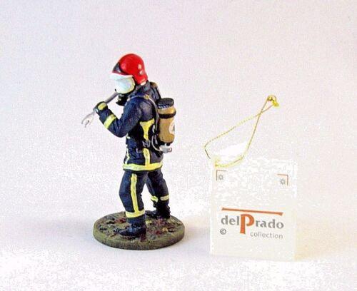 FRENCH FIREMAN 2004 , 1/32 EDICOLA FIGURES, COLLECTOR