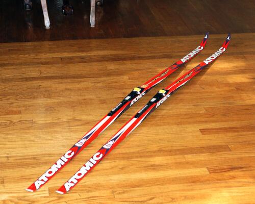Atomic Worldcup Red Cheetah Featherlite 201cm Classic Skis W/Propulse Bindings