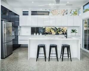 EXECUTIVE ARCHITECTUALLY MODERN HOME IN TIGHES HILL Tighes Hill Newcastle Area Preview