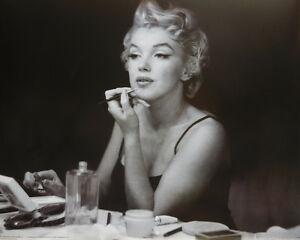 MARILYN MONROE POSTER (40x50cm) BACKSTAGE NEW LICENSED ART