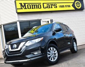 2018 Nissan Rogue SV! AWD! Panormic Roof!