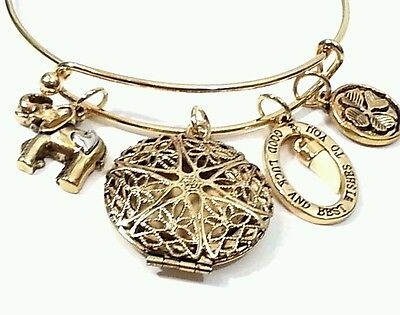 Gold tone EXPANDABLE Good Luck Best Wishes Bangle Bracelet