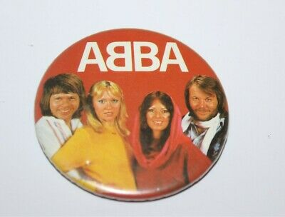 Abba Group Photo Badge Music Collectable (Lot 14)