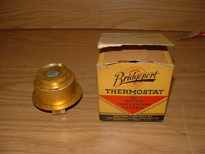 #19 Bridgeport NOS Vintage Brass Thermostat 49 50 Ford 6 Cylinder 153 Degree