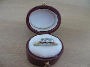Vintage 18CT Gold Platinum Round Brilliant Cut Diamond Trilogy Ring Size K & 1/2