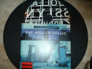 U2-VERY-RARE-034-MILLION-DOLLAR-034-HOTEL-CARDSLEEVE-PROMO-CD-DELTA-ED-MINT