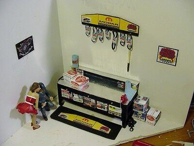 1/18 MOPAR Accessory Garage Set - 5 piece - for your shop/garage/diorama