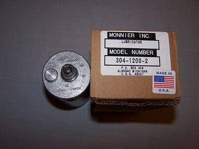 Monnier 304-1200-2 Lubricator In Box