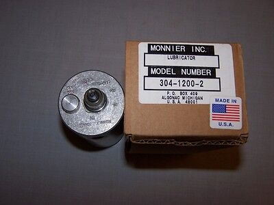 Monnier 304-1200-2 Lubricator In Box