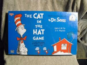 FACTORY SEALED VINTAGE 1996  CAT IN THE HAT BOARD GAME....FOR CHILDREN