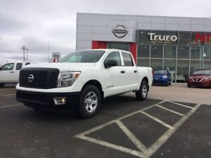 2017 Nissan Titan HUGE DISCOUNTS!