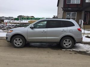 2010 Hyundai Santa Fe AWD 11500$ or best offer