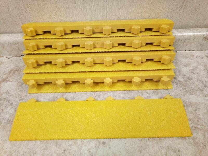 Ergo Advantage AG4-Y 9 Pk 18 In L 4 In W Yellow Interlocking Mat Edging