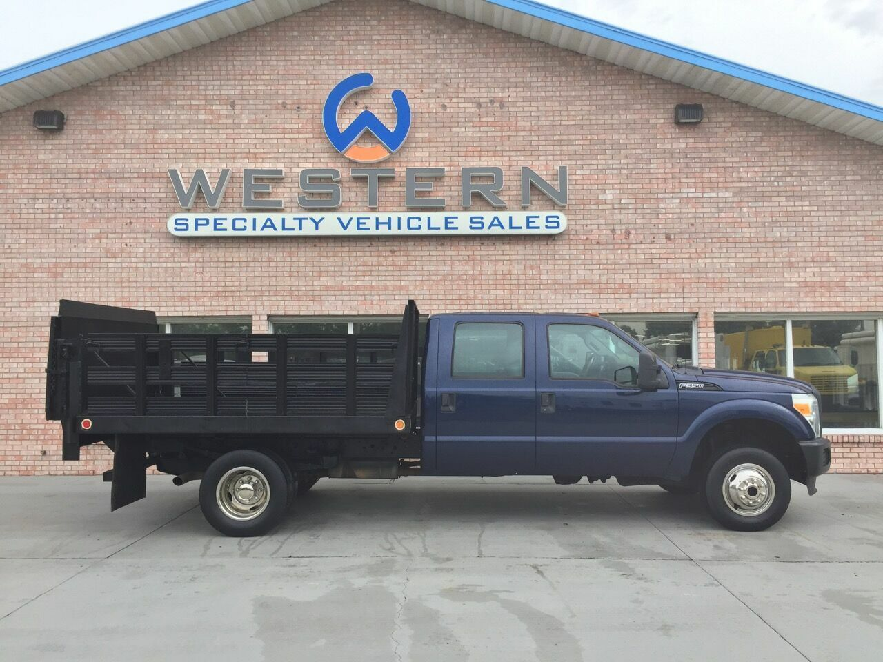 2011 Ford F350 Stakebed Truck 4x4 Stake Bed