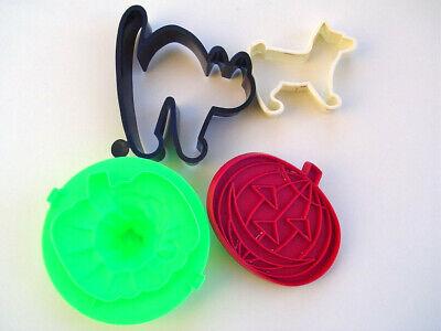 Halloween Cookie Cutters Plastic Lot of Four Dog Cat Pumpkin Jack O Lantern