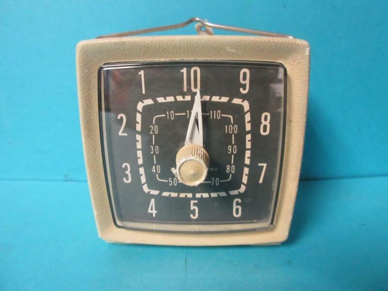 Vintage Mechanical General Electric Kitchen Or Darkroom Timer Tan Rare GE 8-82