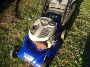 Victa tornado lawn mowers gumtree australia free local classifieds fandeluxe Image collections