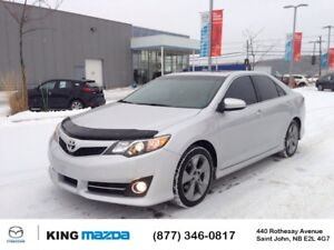 2012 Toyota Camry SE w/ Leather & Moonroof Pkg HEATED LEATHER  S