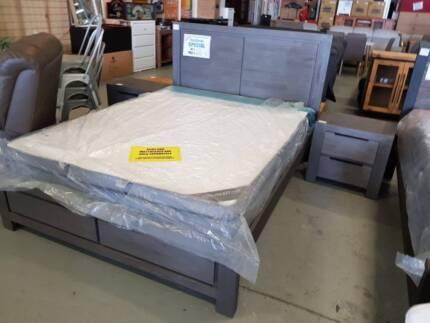 QUEEN GREY TIMBER 3 PIECE BEDROOM SUITE BED + 2 X BEDSIDE TABLES