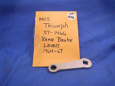 TRIUMPH 37 1466 REAR BRAKE LEVER 1964 67 NOS  NP1606