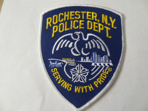 ROCHESTER  NY. POLICE  DEPARTMENT  SHOULDER PATCH .