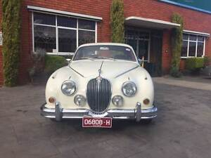 Jaguar 3.8 Mark 2 1965 Manual Overdrive and chrome wire wheels Moorabbin Kingston Area Preview