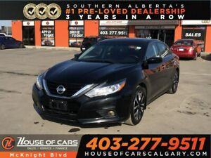 2018 Nissan Altima 2.5 SV / Sunroof / Back Up Cam / Bluetooth