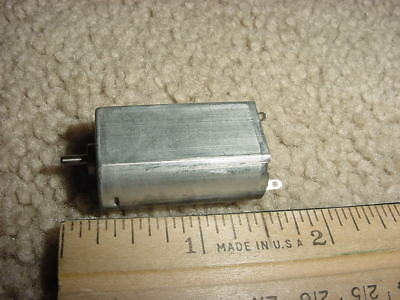Small Dc Electric Motor 12v Dc Reversible Gear Head 5214 Rpm M106