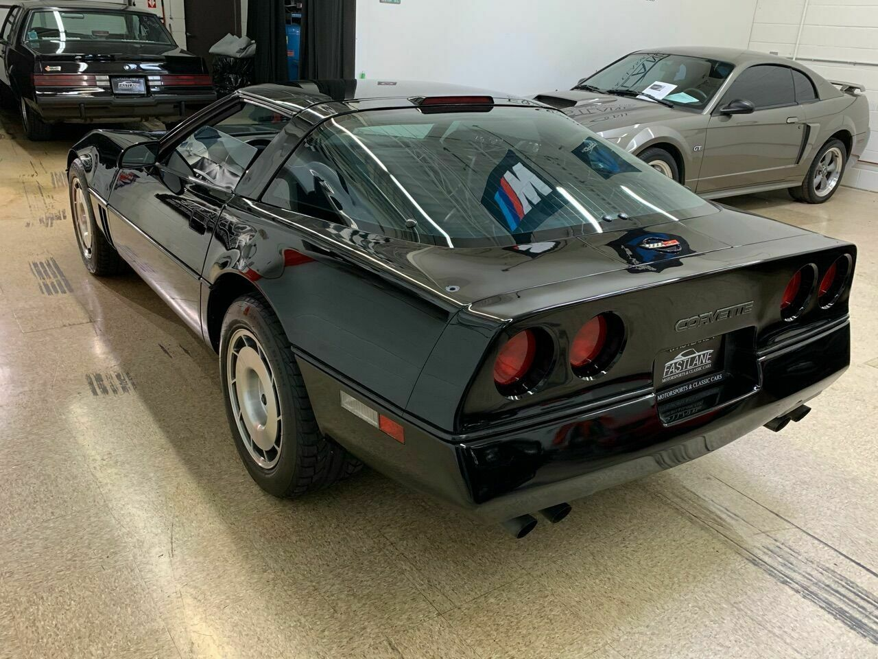 1986 Black Chevrolet Corvette   | C4 Corvette Photo 10
