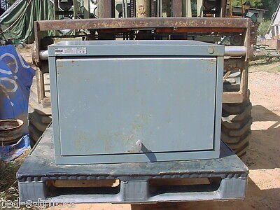 1 Vidmar Stanley Tool Cabinet Military Surplustop Lift 30w X 21 12 D X 20 34 T