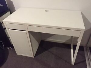 Wonderful condition desk only been used for half year! Carlton Melbourne City Preview