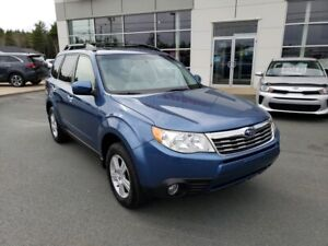 2010 Subaru Forester. Sunroof, power seat. New MVI. Clean.