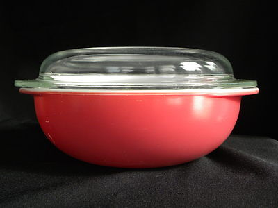 Vintage Flamingo Pink Pyrex #024 2 Qt. Covered Casserole
