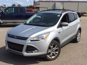 2014 Ford Escape SE ECO TECH! LEATHER! NAVI! BACK UP CAM!