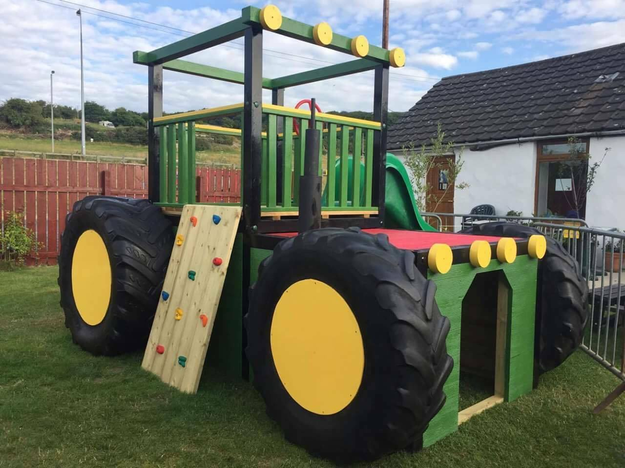 TRACTOR Huge OUTDOOR QUALITY WOODEN CLIMBING FRAME ROCKWALL Steps ...
